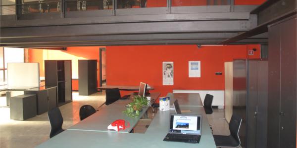 Navigli working factory postazione open space for Coworking navigli